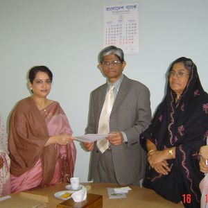 BWCCI's advocacy team submitting recommendation to the Governor of Bangladesh Bank on 16-1-2007